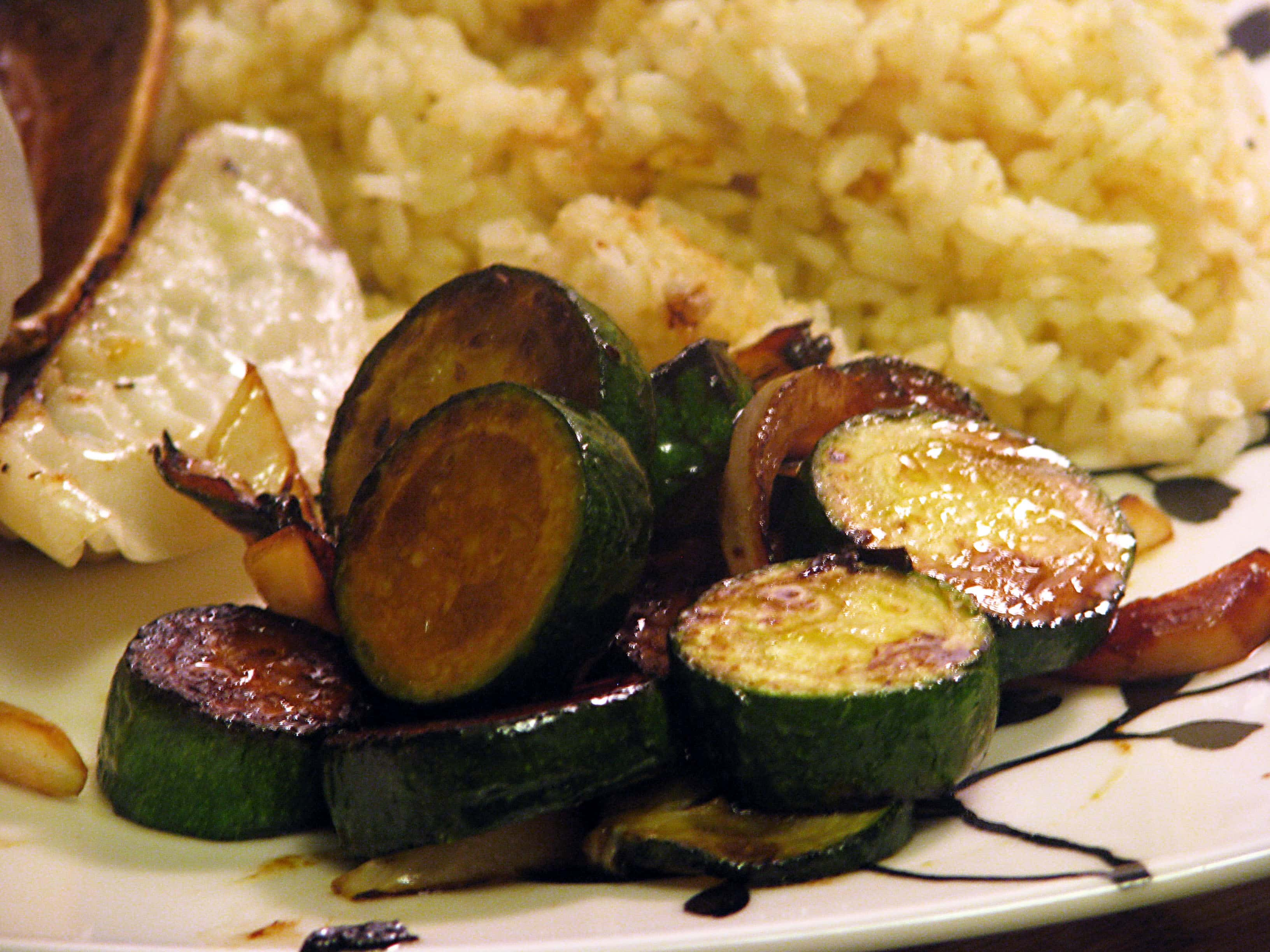 10-minute Side Dish: Sauteed Zucchini and Onions