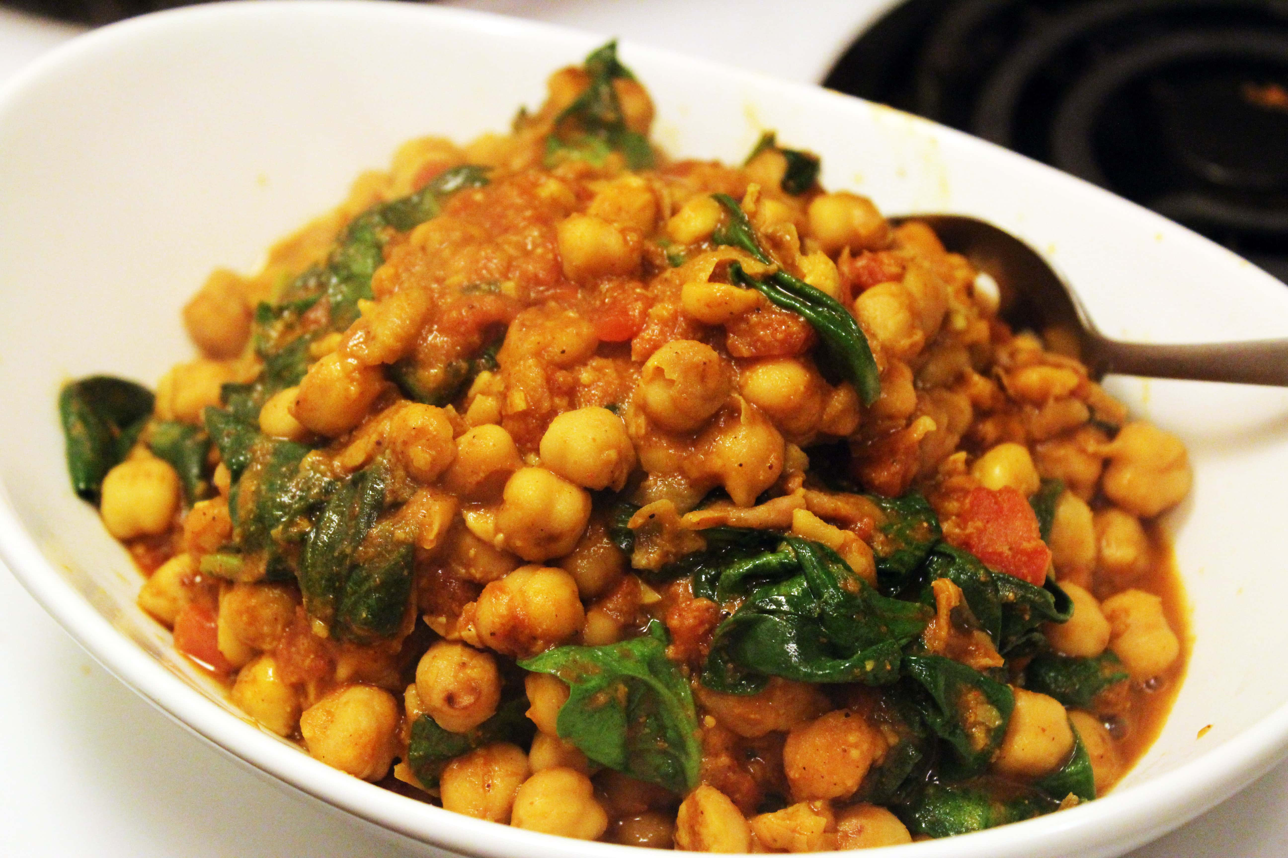 super bowl food ideas photos - Spinach Chick Pea Curry