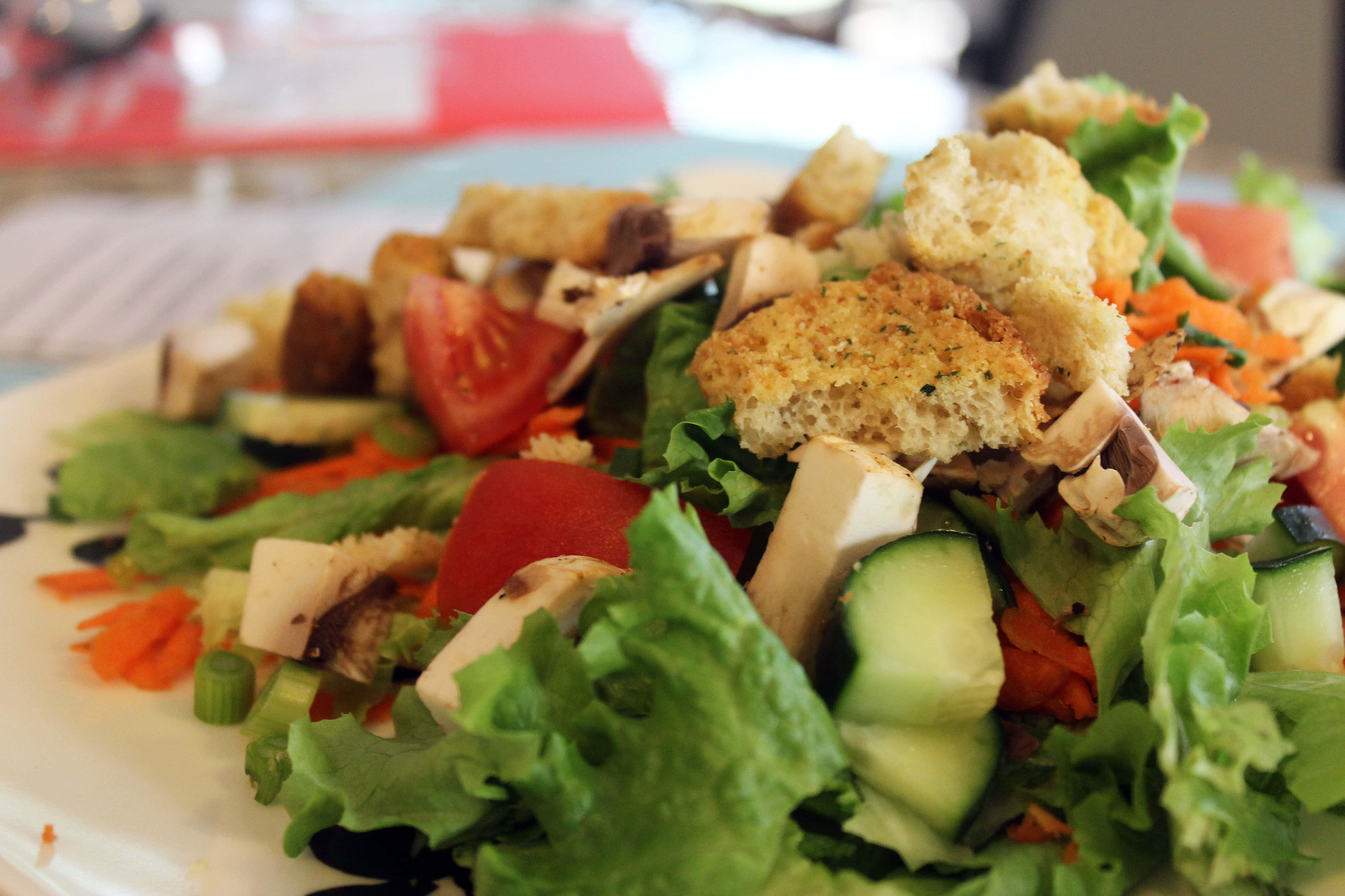 Prep salads with veggies