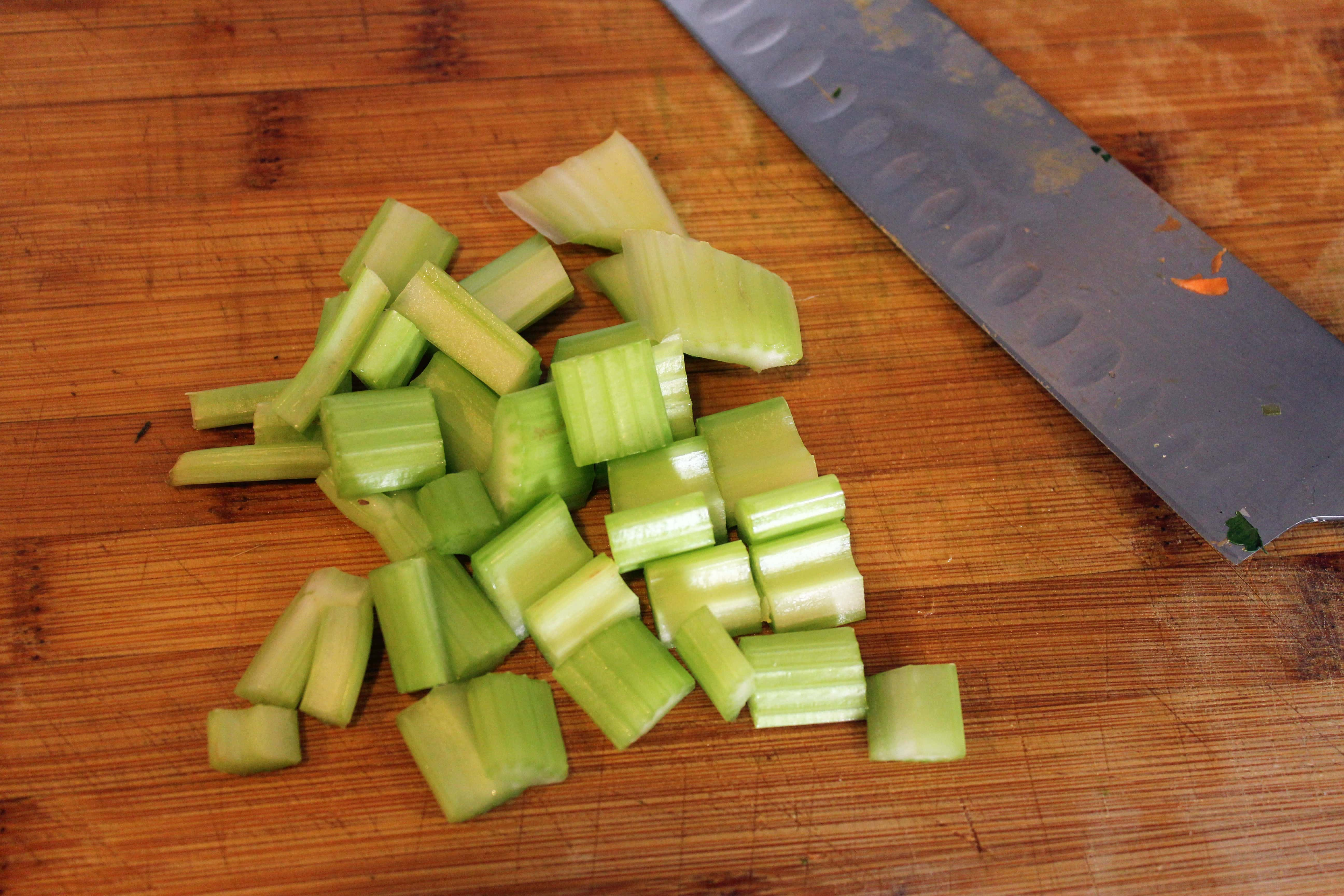 Roughly chop celery