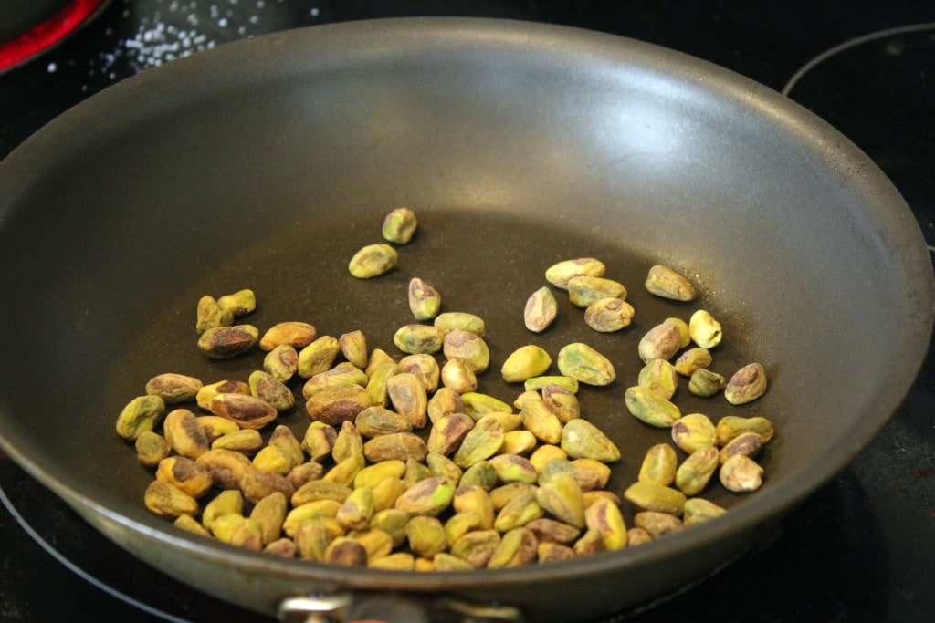 Toast pistachios quickly