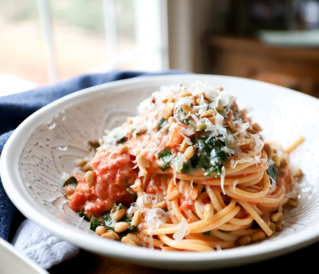 Easy spaghetti with tomato cream sauce recipe.